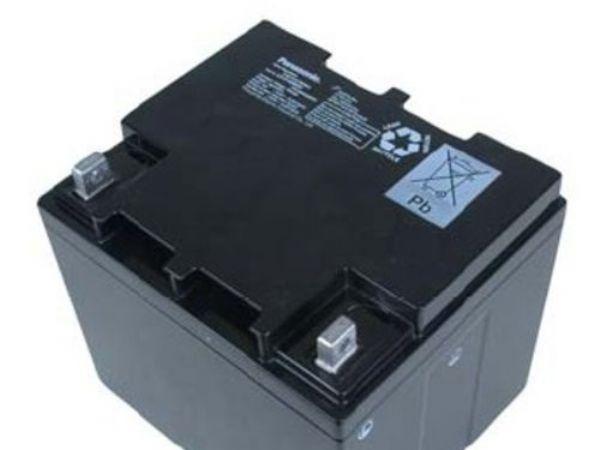 特价供应原装松下蓄电池 松下12V24AH UPS蓄电池 带防伪标签