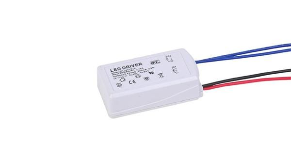 供应5W 5V1A韩国KC认证led灯条开关电源适配器 IC方案 质保两年