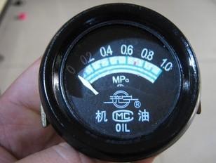 低价销售车用直感油压表,气压表图片