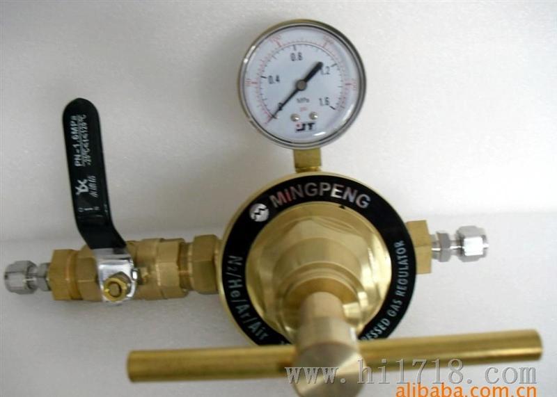 6(mpa) 额定流量      100(m3/h) 用途      氧气减压器 结构      单