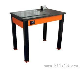 木质器皿柜
