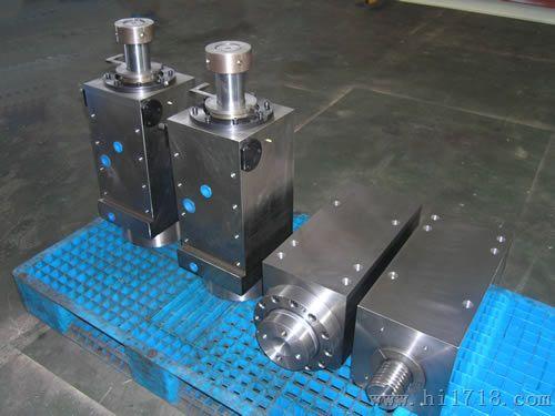 数控折弯机液压缸图片