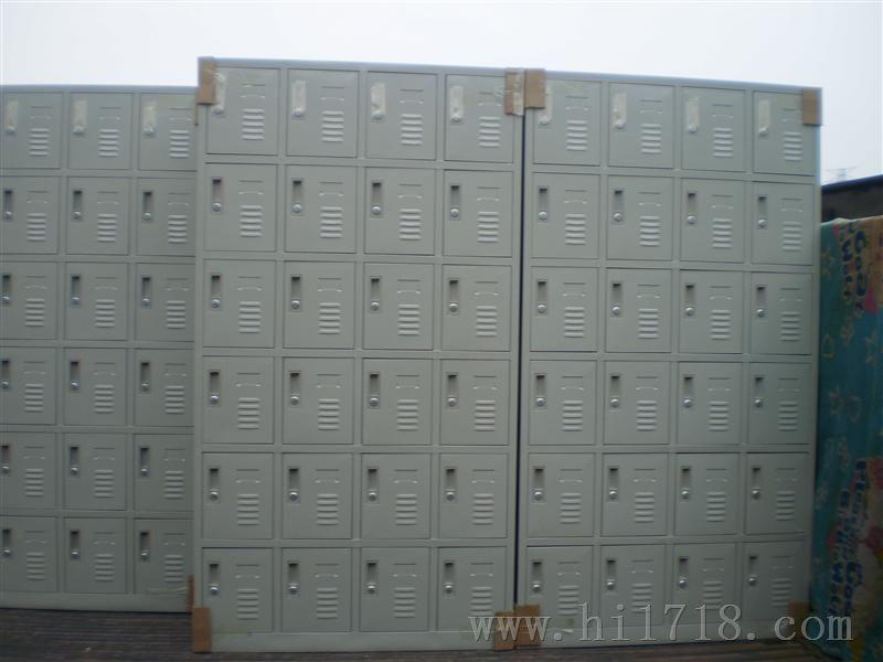 横岗员工30门鞋柜.盐田32门储物柜.龙华重物放置柜 高清图片