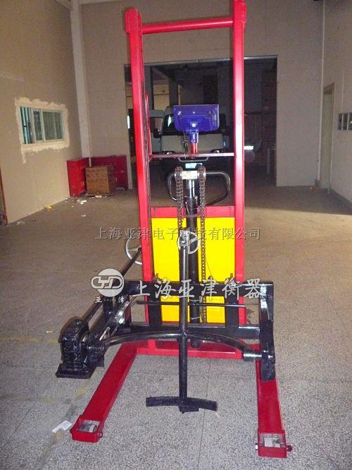 太仓带电子秤的手动油桶倾倒车