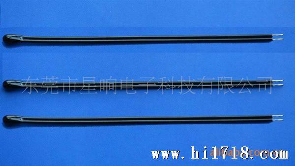 电动工具上用NTC温度传感器,NTC热敏电阻器10K 3950 注:可根据客户要求订做! 温度传感器介绍: 温度传感器是将高精度、高可靠的NTC热敏电阻器与PVC导线、铁氟龙导线等导线连接,用绝缘、导热、防水材料封装成所需要的形状,便于安装与远距离测控温. 产品应用范围: 家用空调,汽车空调,冰箱,冷柜,热水器,饮水机,暖风机,洗碗机,消毒柜,洗衣机,烘干机,烘干机以及中低温干燥箱,恒温箱等场合的温度测量与控制 特点: 1:MF53系列产品为NTC热敏电阻温度传感器 2: 阻值范围宽:1KΩ~