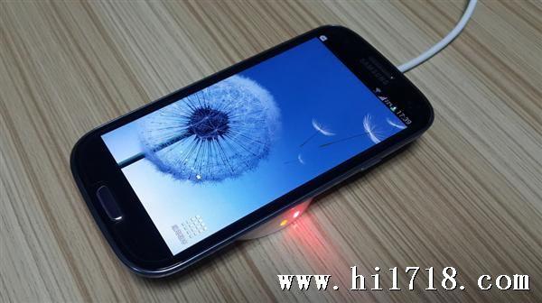苹果5与三星s4�:/�_qi标准无线充电器,适用三星s4/s3,苹果4/5手机通用