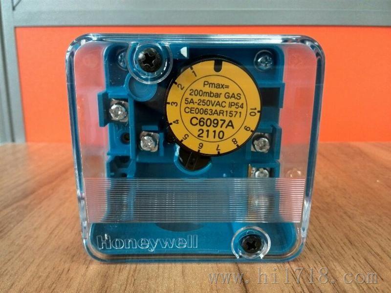 型号/规格:C6097A2210 产品描述:品牌美国霍尼韦尔 Honeywell型号C6097A2210 额定电压250VAC(V) 额定电流5A(A) 机械寿命100000(万次) 最大工作压力600(Pa) 产品...